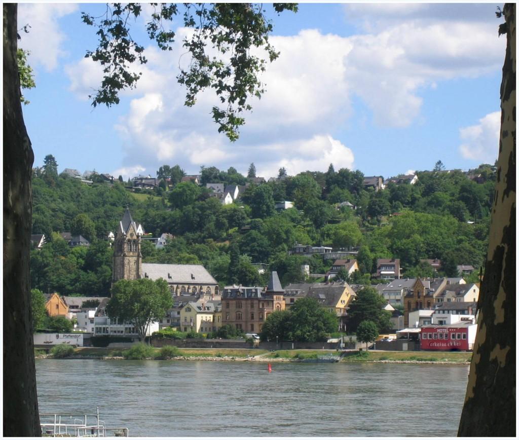 Blick auf Pfaffendorf, rechtsrheinischer Ortsteil von Koblenz