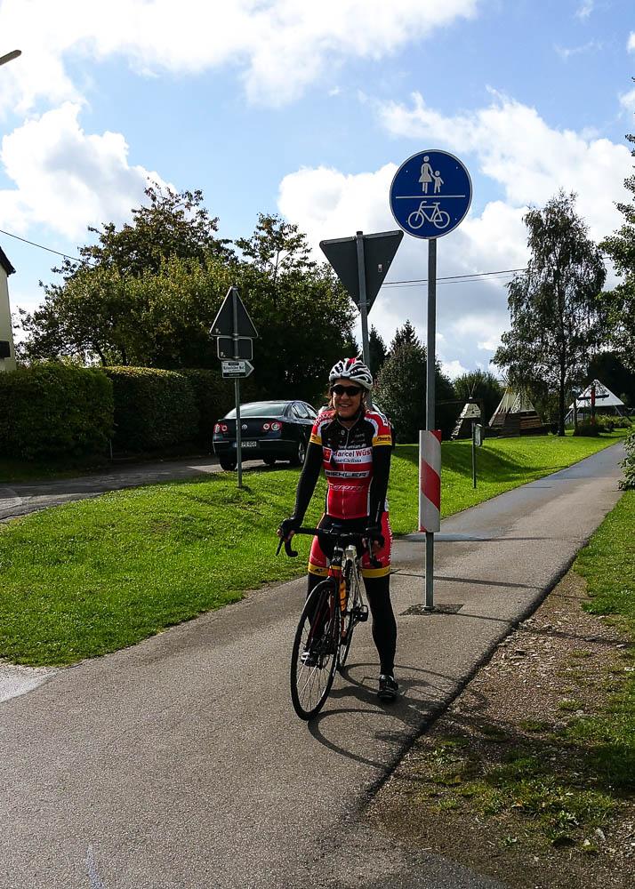 Wieder zurück auf dem Ruwer-Hochwald-Radweg. Weiter geht's Richtung Hermeskeil
