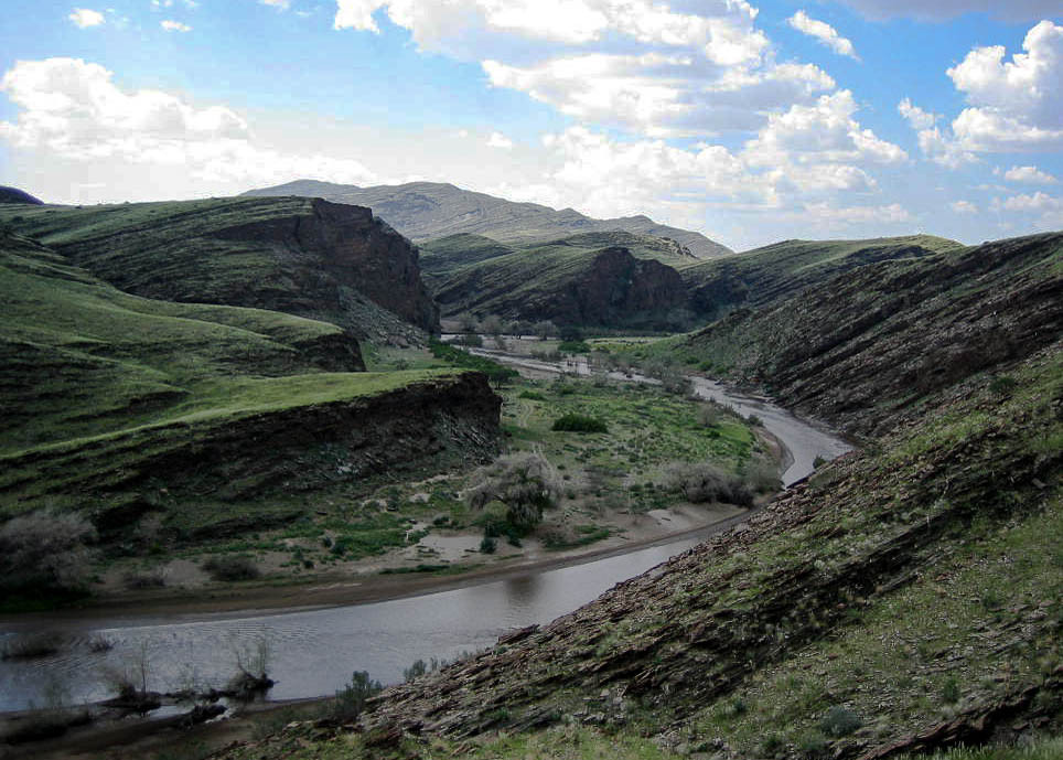 """Kuiseb Canyon. Schauplatz der Geschichte """"Wenn es Krieg gibt, gehen wir in die Wüste"""""""
