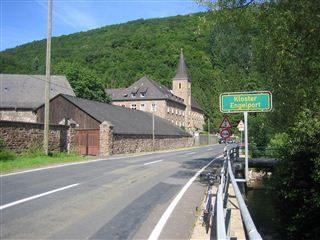 Kloster Maria Engelport im Flaumbachtal