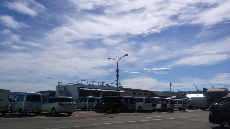 十日町市場駐車場