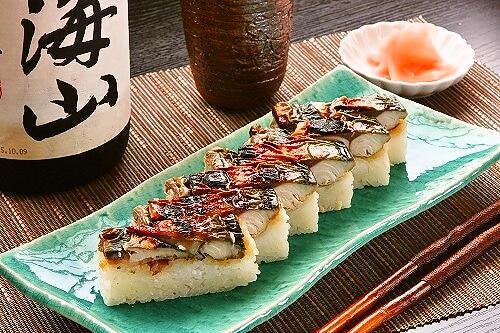 秋鯖 越後味噌漬け焼鯖寿司