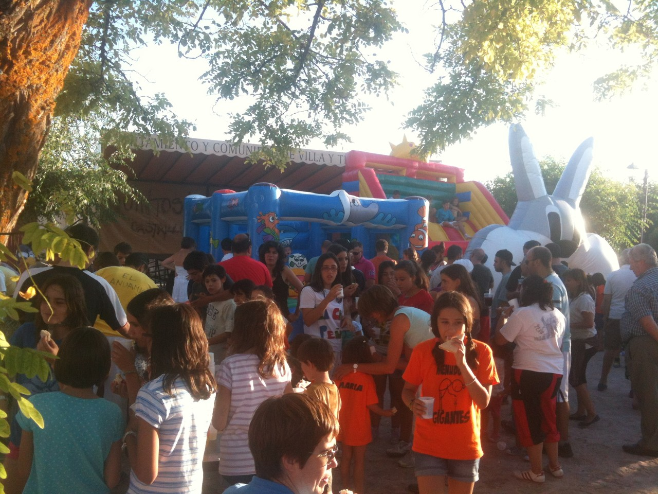 Merienda fiesta infantil 2013
