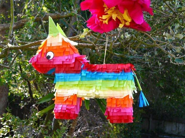 les ateliers du mercredi aux ânes de Balaam : un âne piñata à réaliser