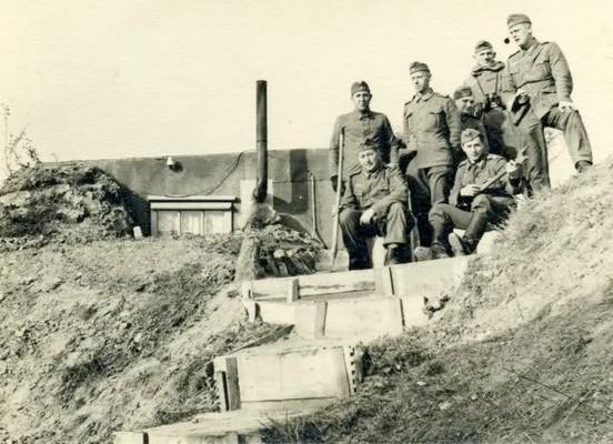 Groepsfoto van leden van de Kriegsmarine © Foto Collectie Oorlogsleven