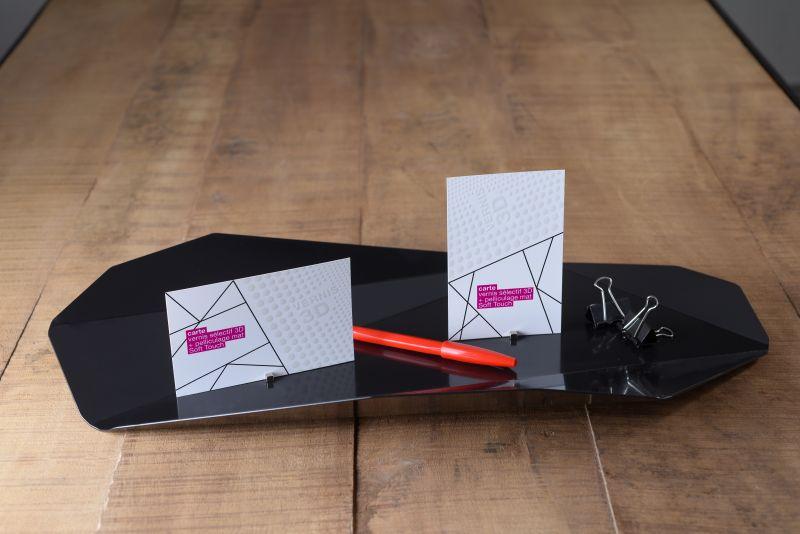 Carte pelliculage mat Soft Touch + vernis sélectif 3D