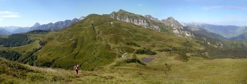 Le Lasnères et le col d'arriuotor en repartant vers le col de Sieste ( photo Clément google earth)