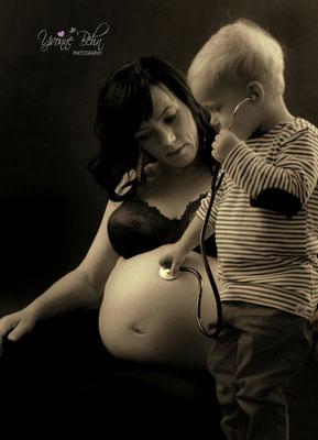 Babybauchshooting mit Kind