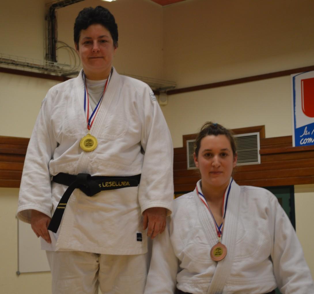 Florence Lesellier Championne de l'Orne seniors +78 kg et Anne-Laure Lecanu 3ème