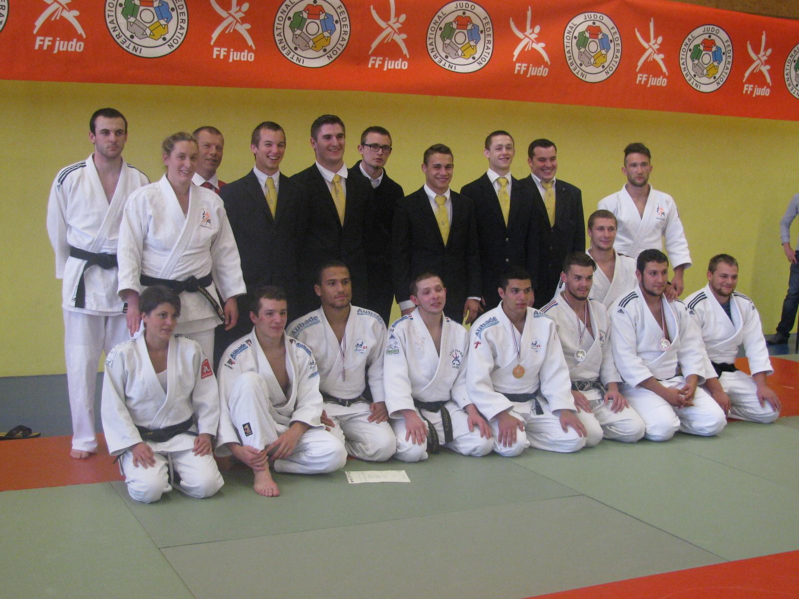 La délégation ornaise ; combattants et arbitres
