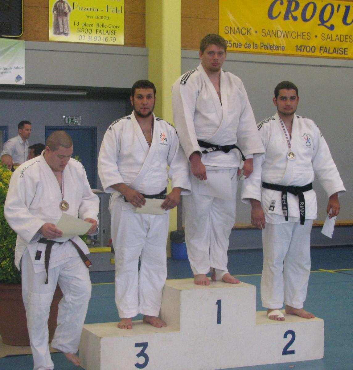 Loïc BROUSSOT +100 kg 3ème et qualifié Coupe de France