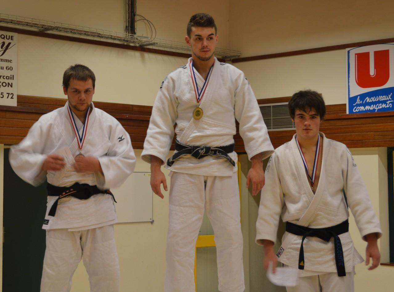 Florian Lesellier Champion de l'Orne seniors -81 kg et Mickaël Chéruel Vice-champion de l'Orne seniors -81 kg