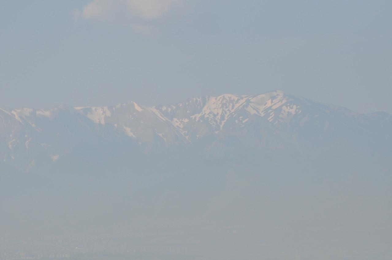 Sicht auf die Berge mit Schnee