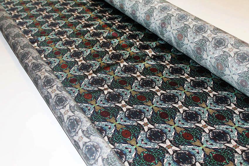 Design -jungle eye- Kollektion: TREASURY sapphirine - Seidensatin © ELISA MELANZANI BERLIN