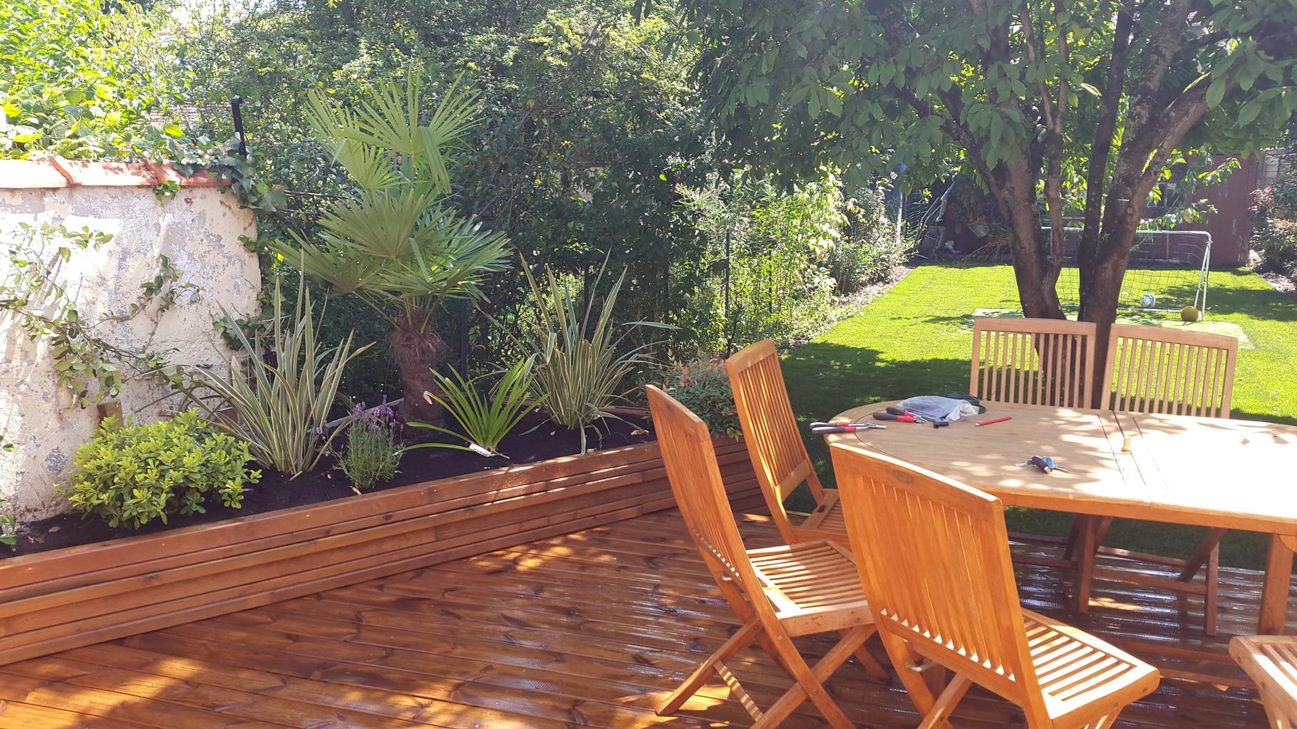 Jardin urbain paysagiste jardin de ville balcon terrasse for Jardin urbain moderne