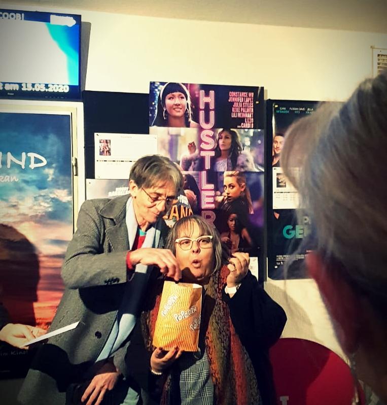 Weihnachtsfeier unseres KVs im Dillinger Kino - mit Joachim Hien