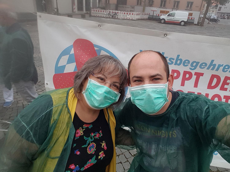 Volksbegehren Pflegenotstand - Infostand in Augsburg mit Peter Rauscher