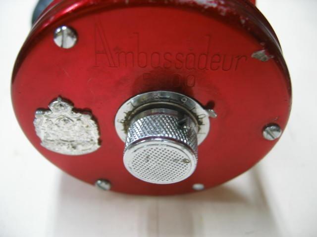 変わったハンドル付きのABU5000、初めて見ました。回転も良好ズバリ¥9800