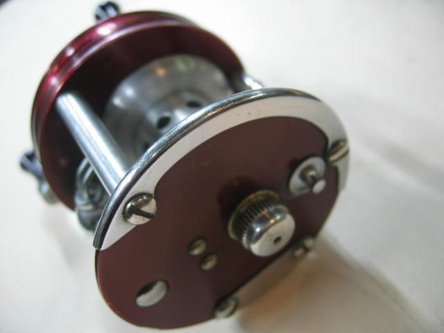 外観も綺麗で回転もスムースな高回転で飛距離UPのラングレーのルアーキャスト。¥13800