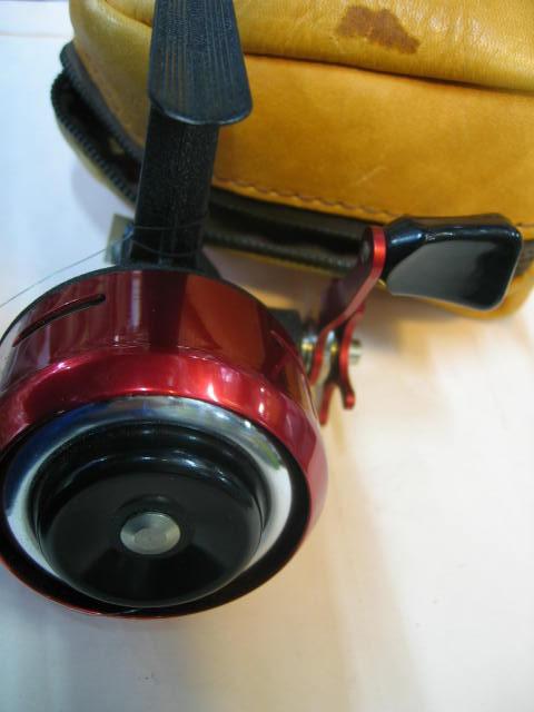 ABUのマチック革ケース付き美品です。¥15800  SOLDOUT