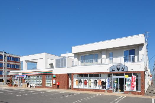 商業店舗(風連駅前再開発)