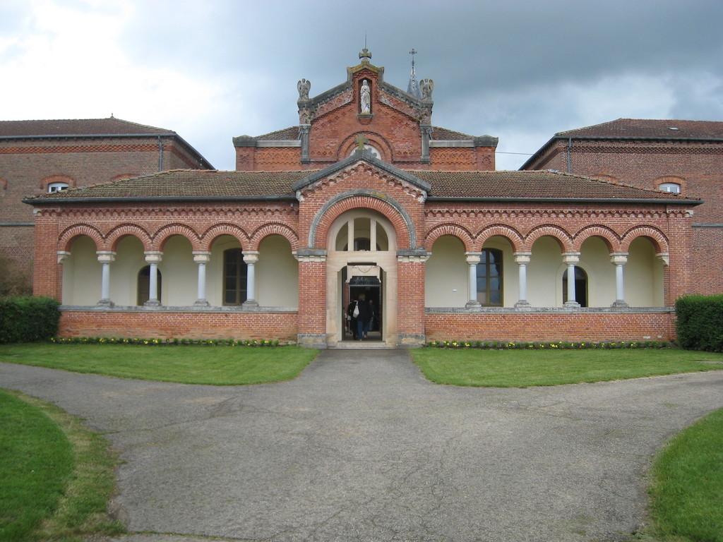 Notre Dame des Dombes