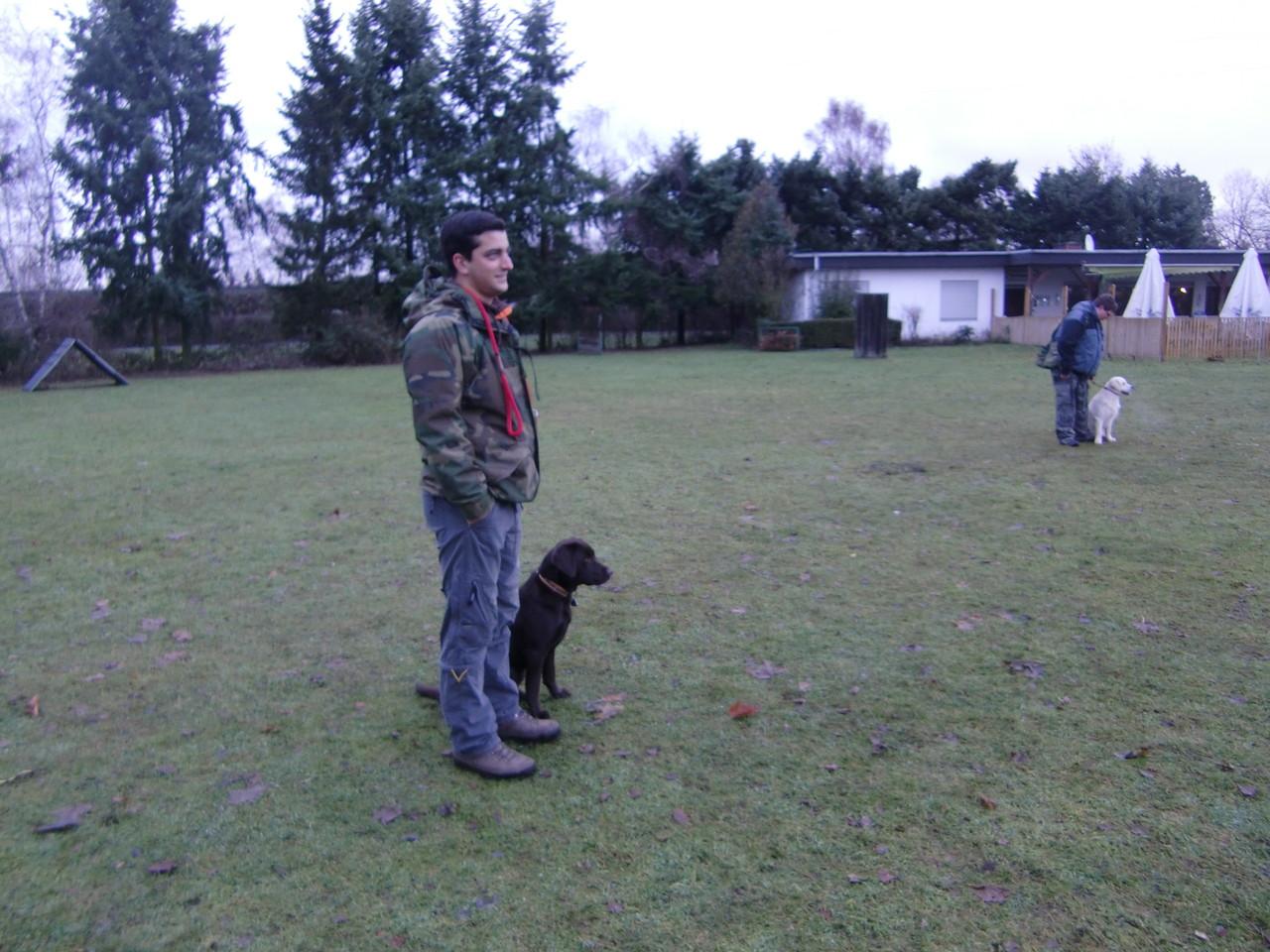 Florian und Luna beim Dummy-Training