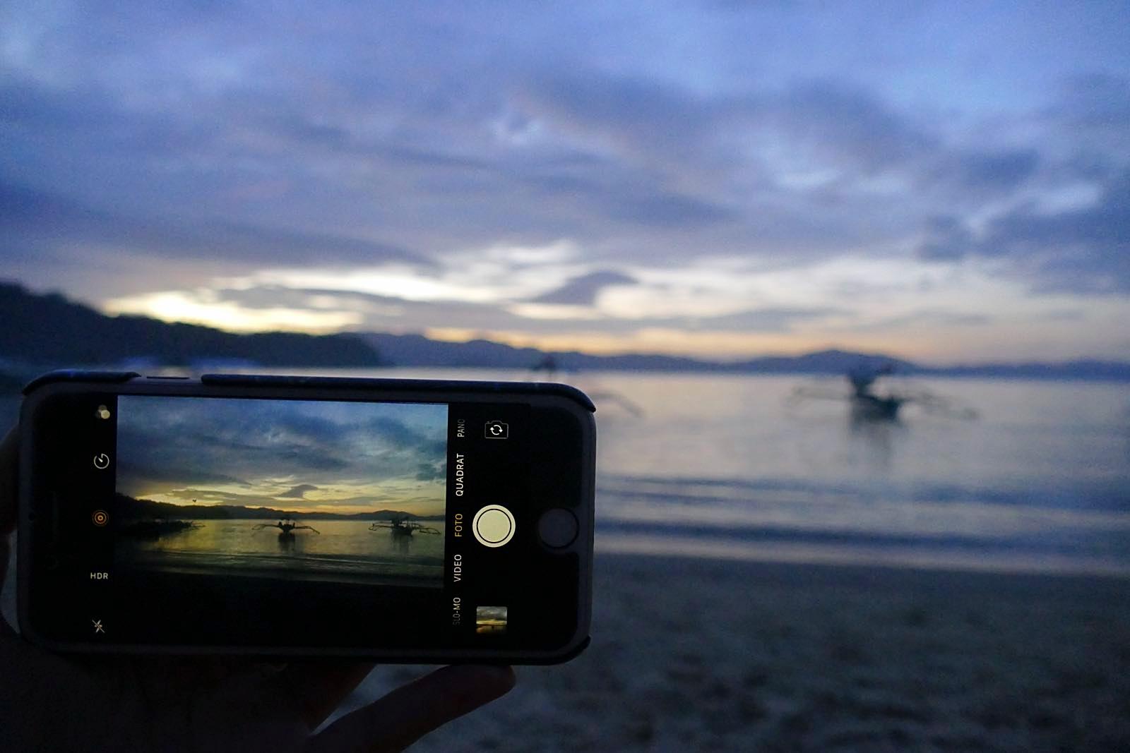 Schöner Sonnenuntergang in Port Barton. Auch mit dem iPhone gibts schöne Bilder ;-)