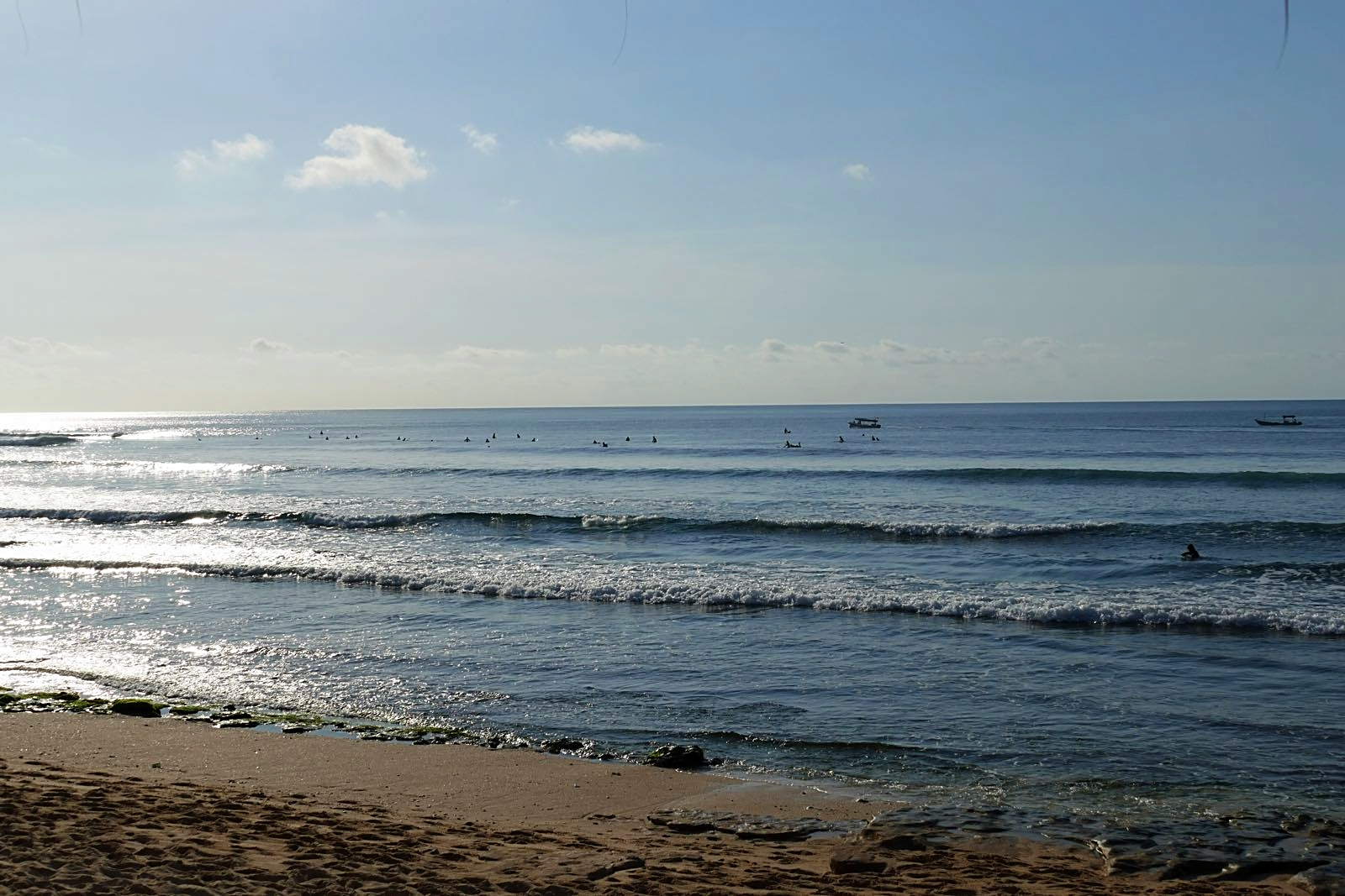 Surfer vor Balangan Beach
