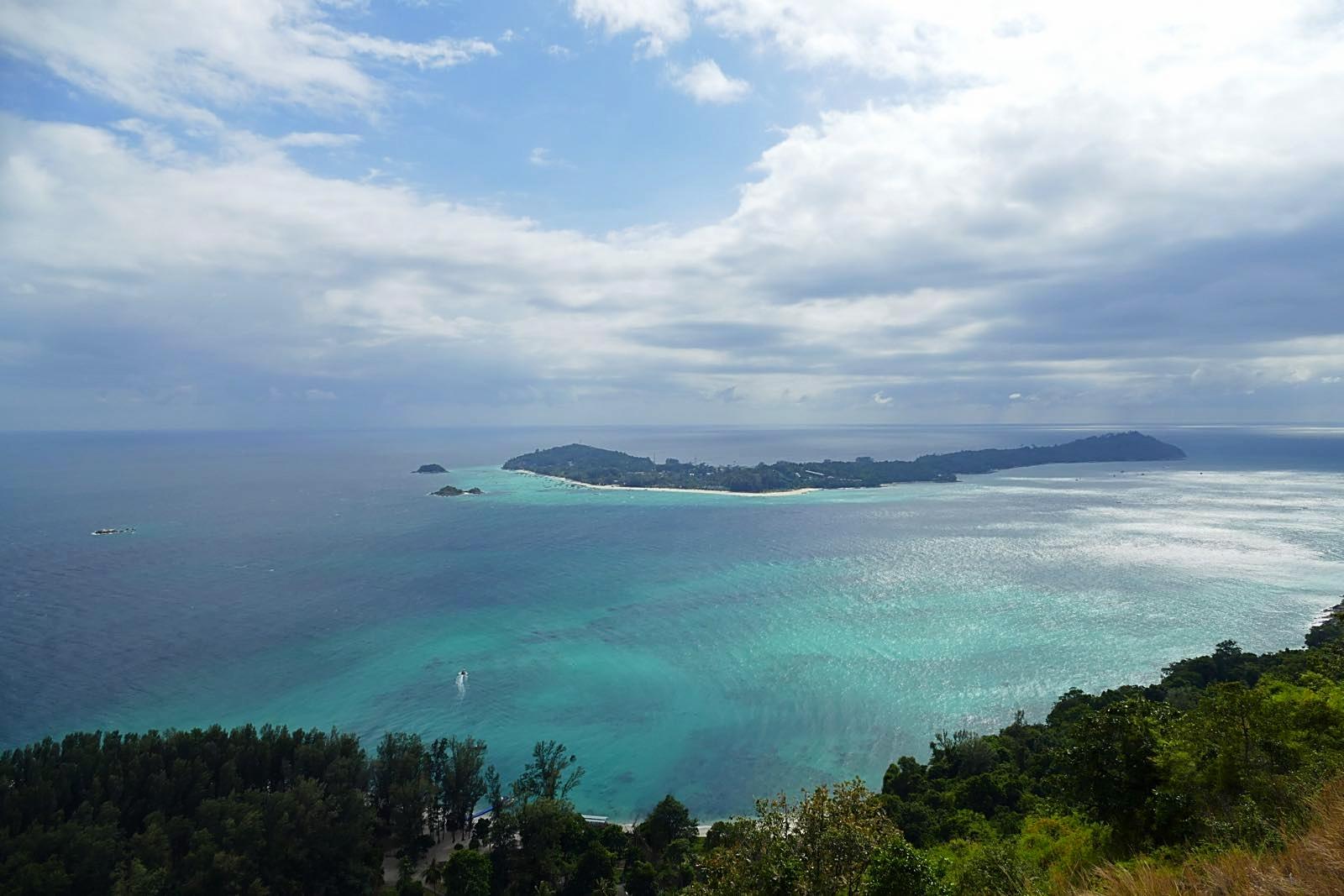 Viewpoint Koh Adang mit Sicht auf Koh Lipe