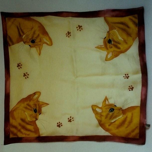 Katzen auf Pongee-Seide