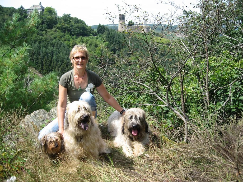 Claudi mit Ben, Tamie und Paula