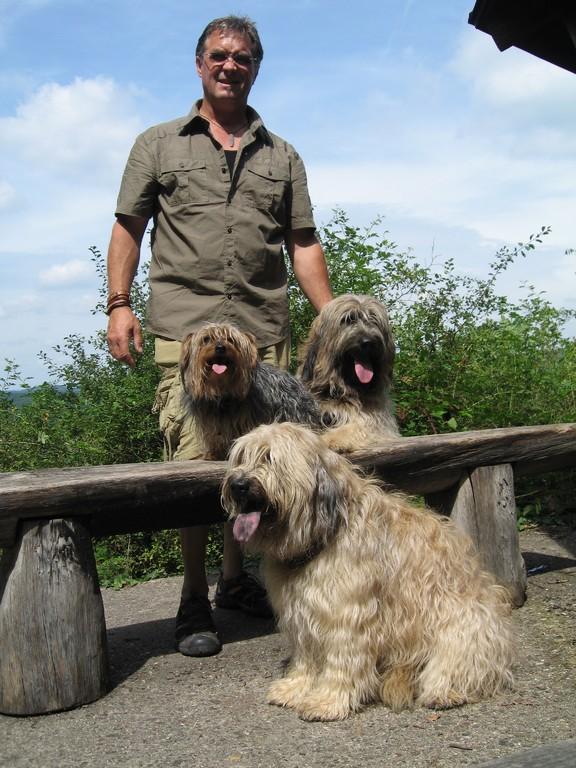 Rudi mit Ben, Tamie und Paula