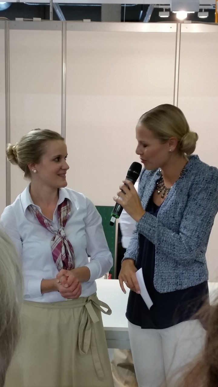 Laura Schläpfer im Interview mit Linda Fäh.