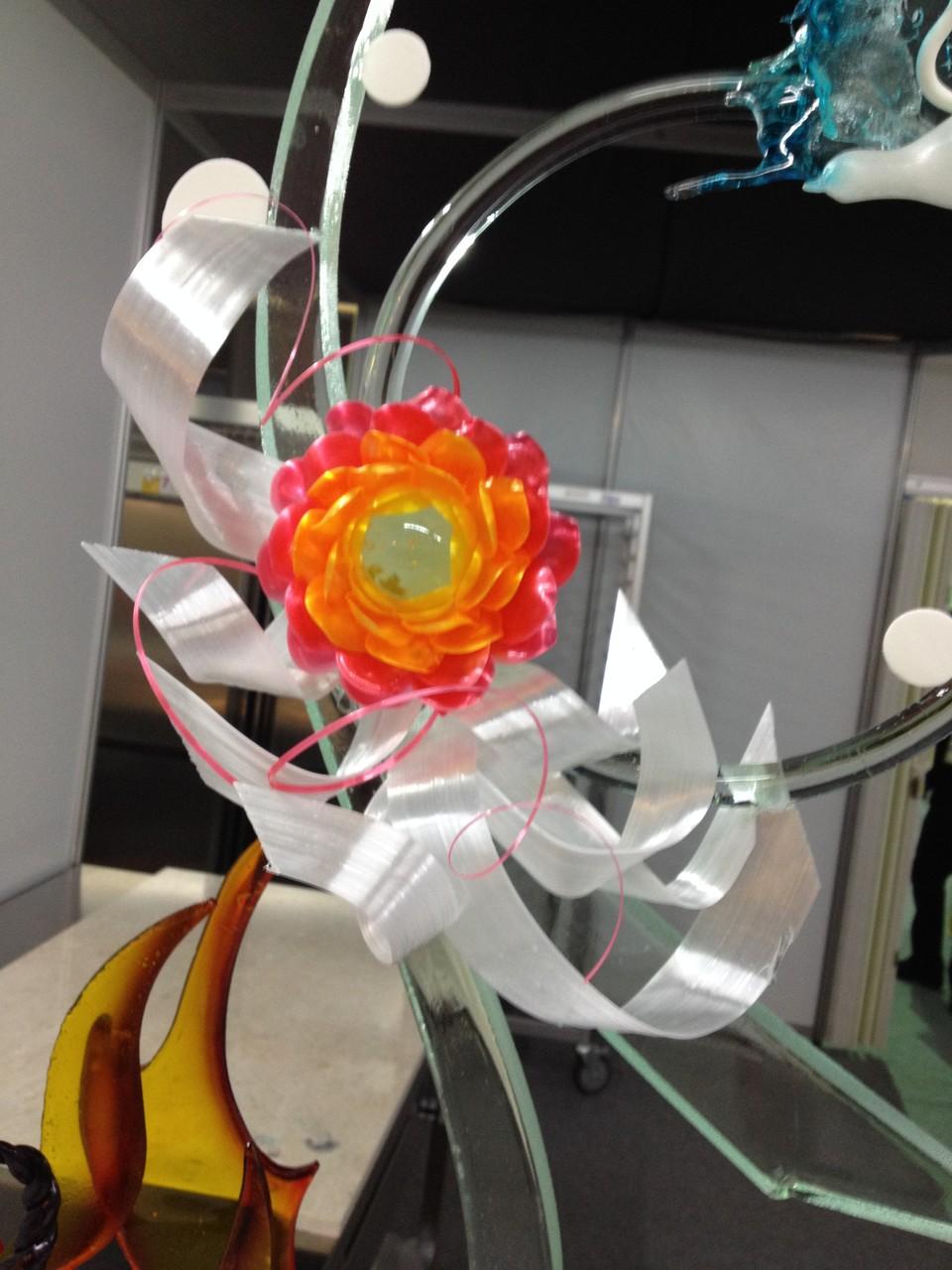 Detailansicht der Blumen und Bänder