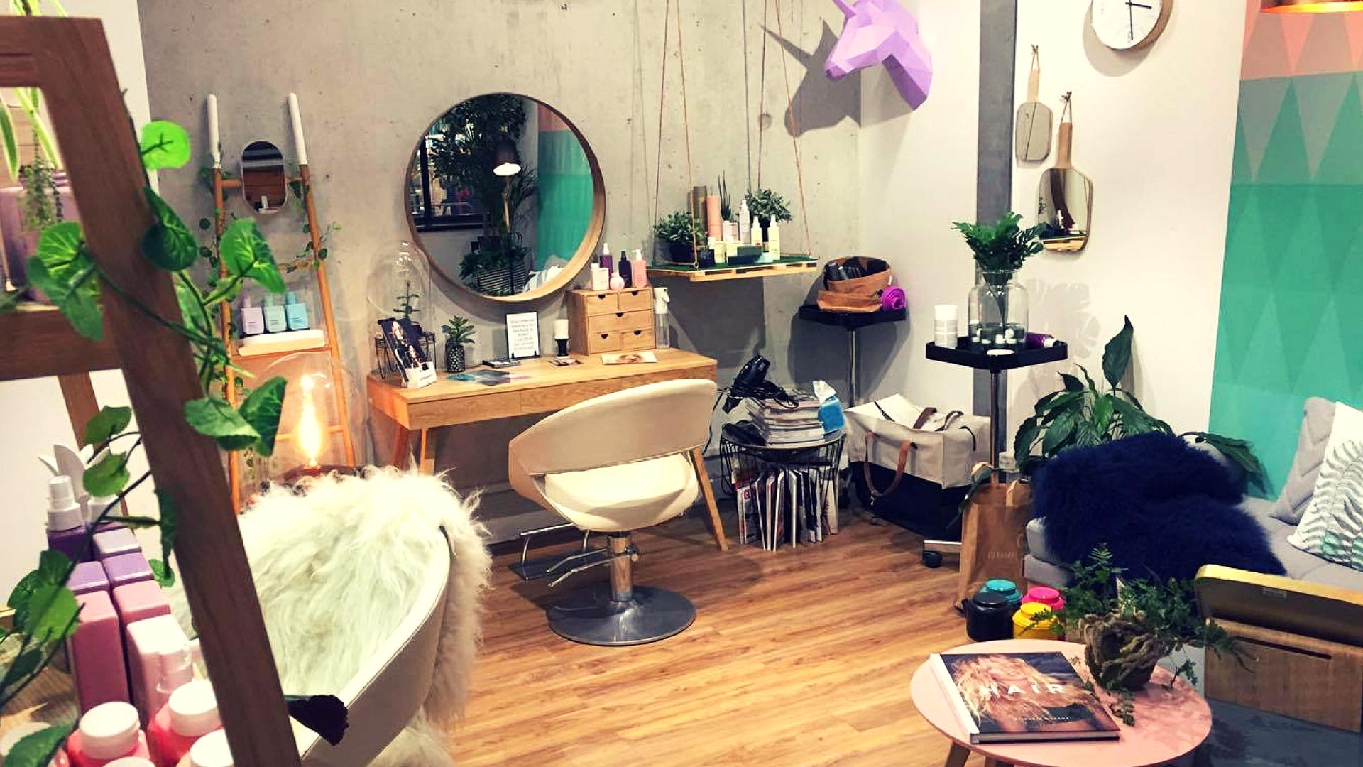 concept du salon de coiffure - Site de En Particulier !