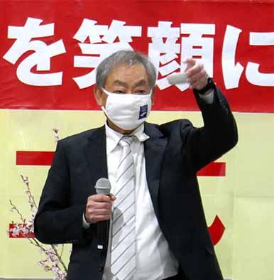 献杯の発声は高岡理事(オリオン常務取締役)