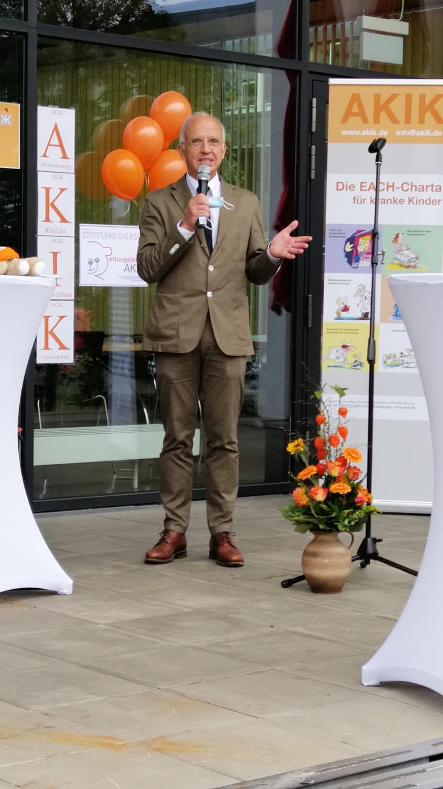 PD Dr. med. Lothar Schrod