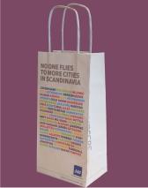 Papiertragetaschen mit eingeklebten Baumwollkordeln