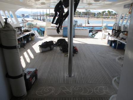 große Boote, bequemer Einstieg, leckes Essen,kurze Wege