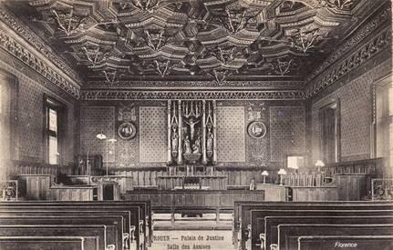 Salle de la Cour d'Assises de Rouen en 1900