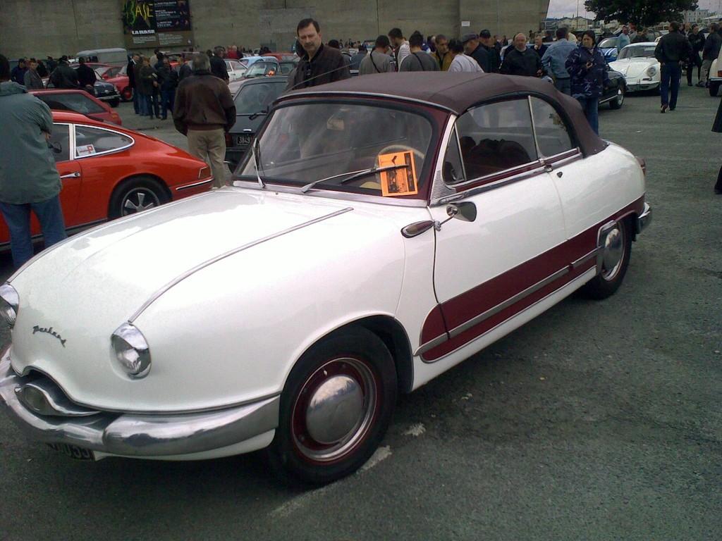APRES-GUERRRE : PANHARD PL17.... cabrio