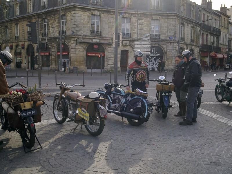 Halte des mamies Place de la Victoire...