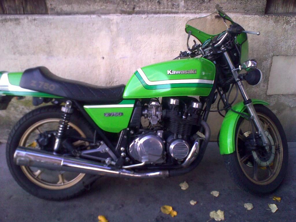 une autre Z750 couleur GG...