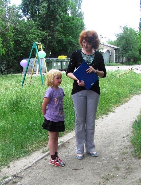 Самый юный и активный читатель библиотеки Овеченко Карина