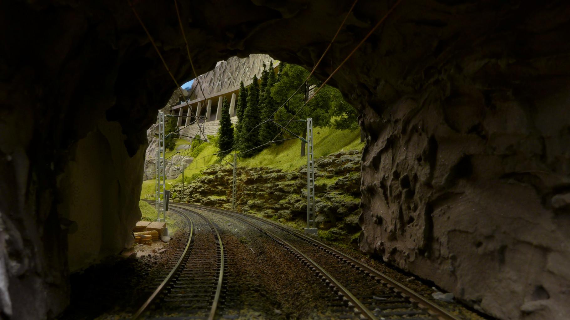 Kurztunnel an der Hauptstrecke: Westheim - Lengmoos