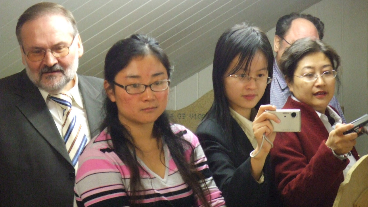 2005 vl. Gerhard ARNOLD, QIU Juan, BAO Haihong, YANG Xiuying (Schuleiterin vom BBZ Shanghai)