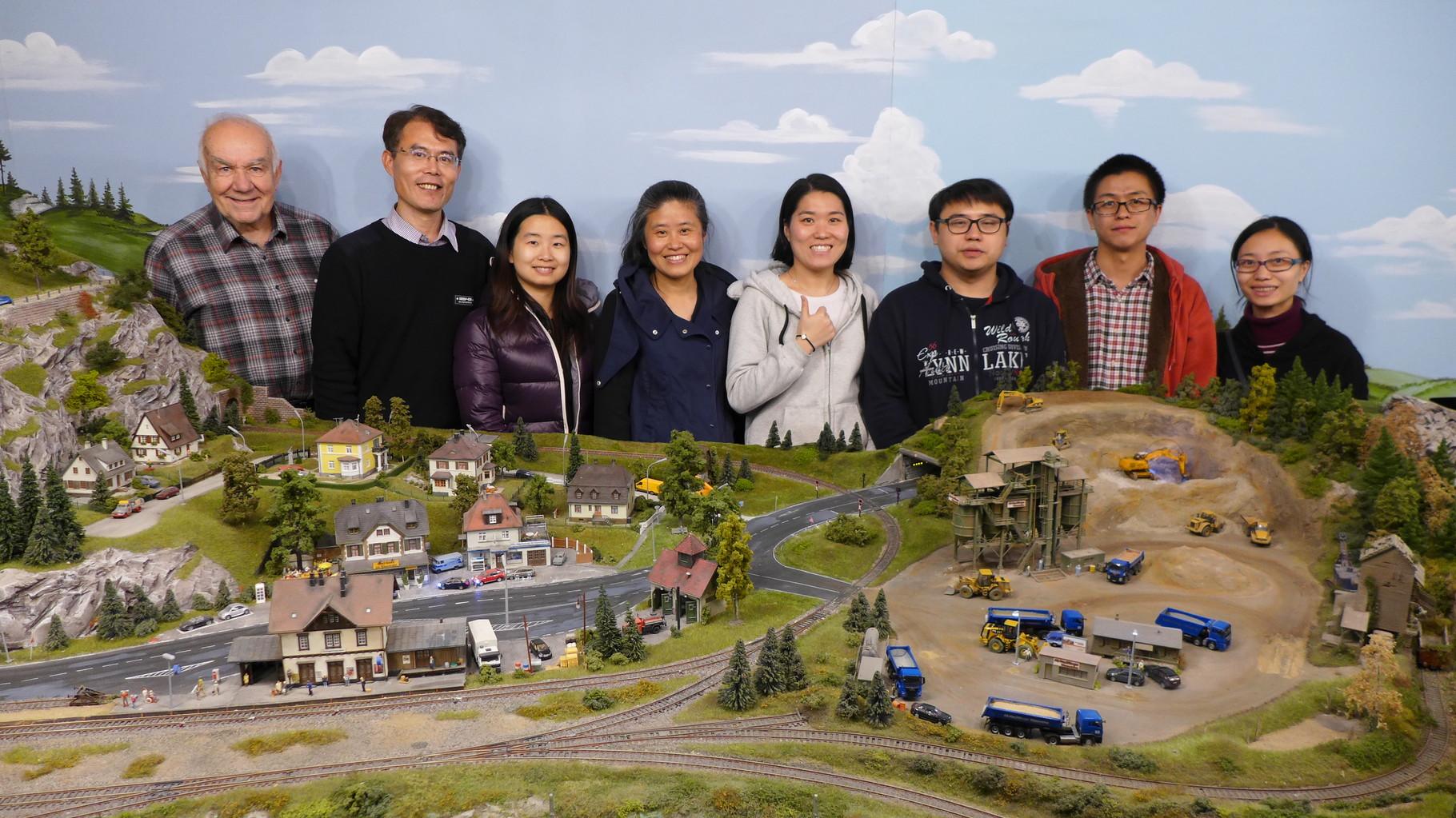 17.11.2015:   7-köpfige Lehrerdelegation aus Shanghai besucht den MEC