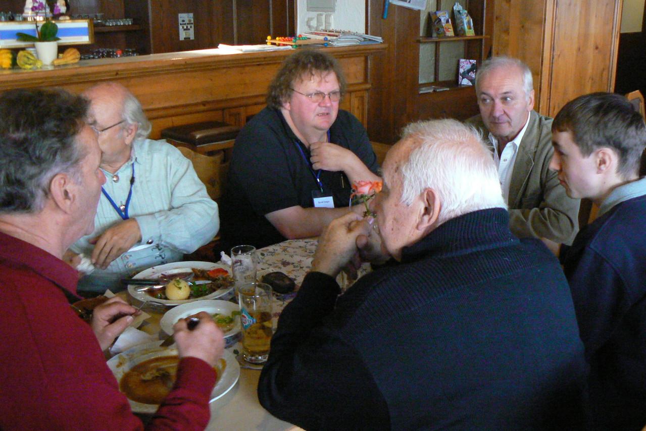 Mittagessen und Fachsimpeln beim Alten Wirt in Eggenfelden