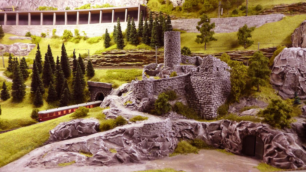 Gerhards Ruine an der Hauptstrecke nach Westheim